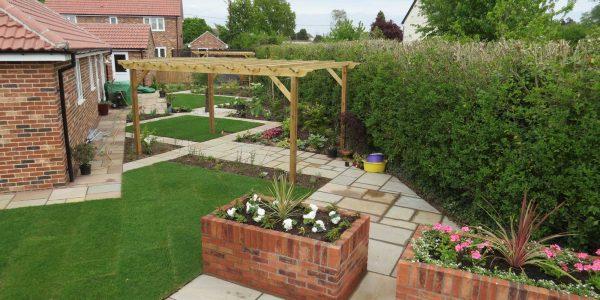 Landscapers clacton essex garden design essex for Garden design jobs essex